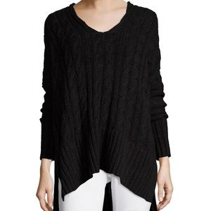 FREE PEOPLE oversized cable knit sweater (Medium)